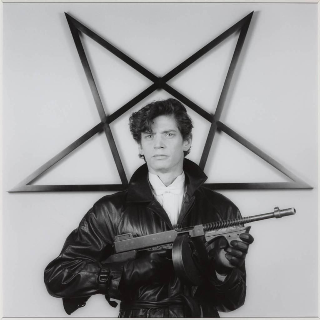 O auto retrato do fotógrafo tirado em 1983