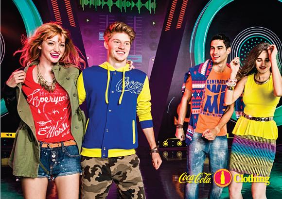 CAMP-2013-WINTER-COCA-COLA-CLOTHING-4