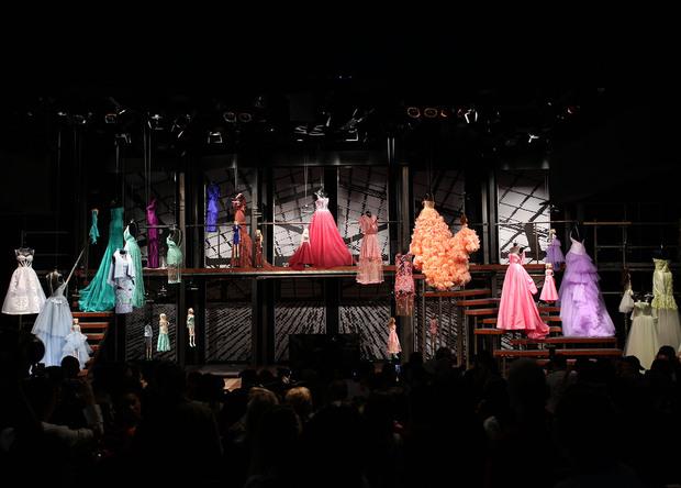 O encerramento da coleção de Verão 2014, no palco do Teatro FAAP