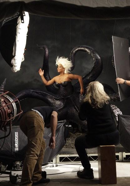 O making of da transformação de Queen Latifah em Ursula, a vila de A Pequena Sereia