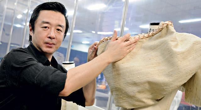 O orientador desse projeto, o designer Jum Nakao