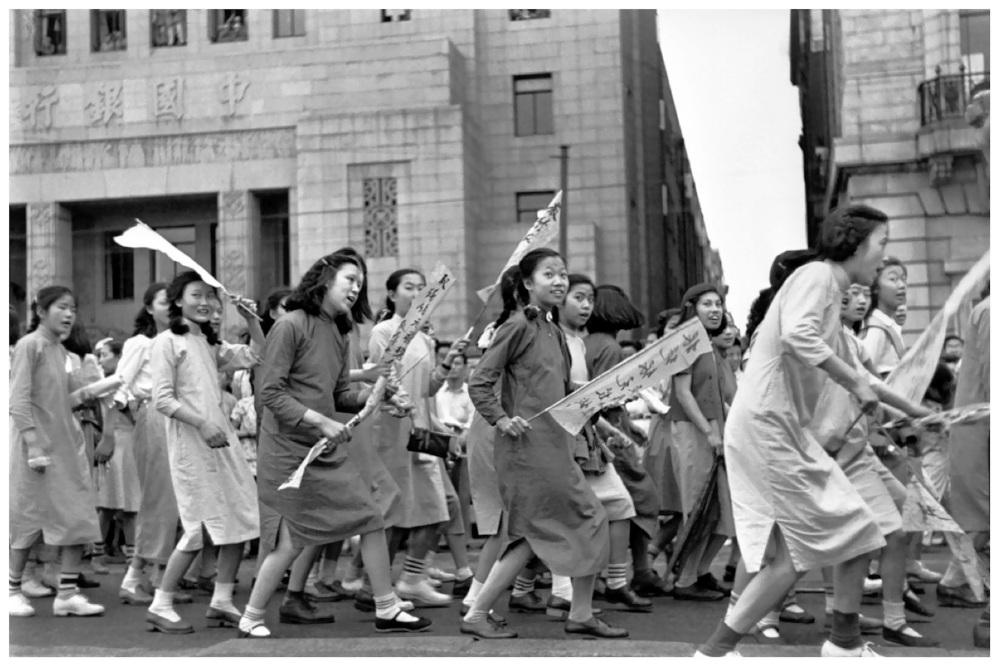 henri-cartier-bresson-shanghai-1949