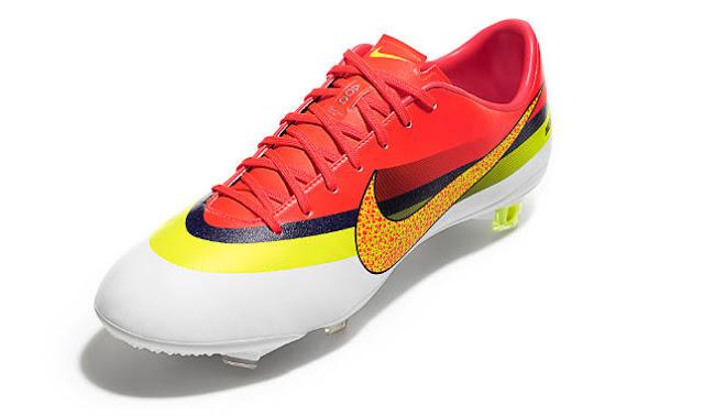 Nike Mercurial Vapor IX CR AG Boots, CR Mercurial Vapor IX, Chuteira Nike 2013, Cristiano Ronaldo, Moda Masculina 2013, Tendencia Masculina 2013, Blog de Moda Masculina 2013, Moda Sem Censura, Alex Cursino 4