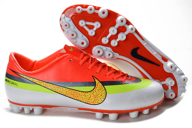 Nike Mercurial Vapor IX CR AG Boots, CR Mercurial Vapor IX, Chuteira Nike 2013, Cristiano Ronaldo, Moda Masculina 2013, Tendencia Masculina 2013, Blog de Moda Masculina 2013, Moda Sem Censura, Alex Cursino 5