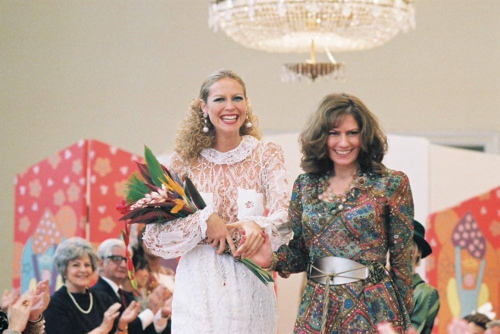 Cena do filme Zuzu Angel, com Luana Piovanni e Patricia Pillar