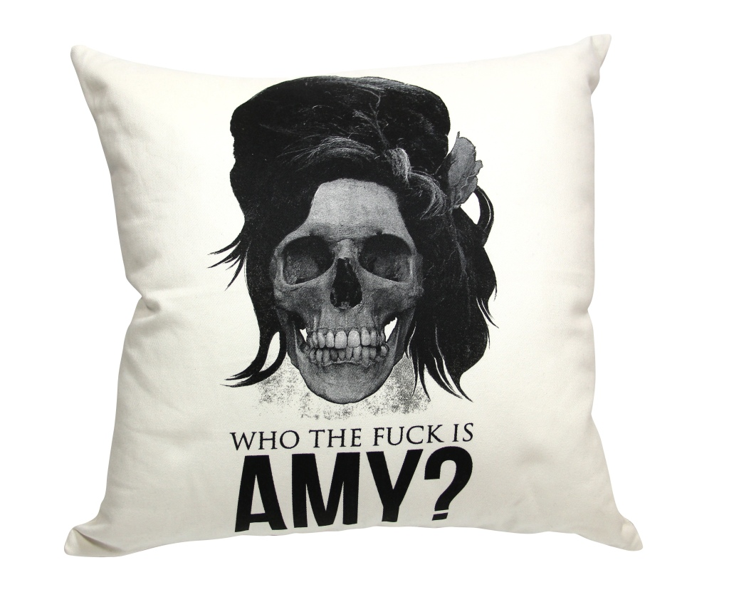 Almofada Amy Off White, R$ 129,00, na Sergio K.