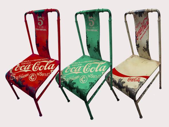size_590_Cadeiras_da_Coca-Cola