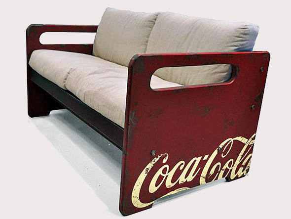 size_590_Móveis_Coca-Cola