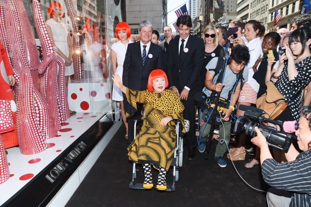 Kusama no lançamento da coleção para a Vuitton