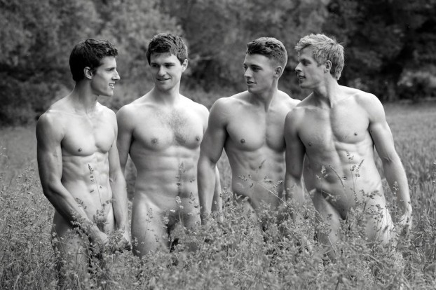 Warwick-Rowing-2014-Naked-Calendar-3-622x414