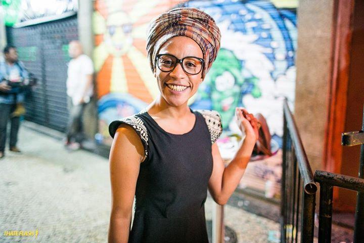 A hostess e gerente do Zozô Cinthia Felizardo (foto: Raul Aragao / I Hate Flash)