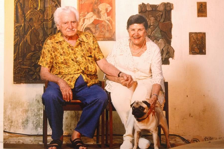 O casal de escritores (Foto: Elcio Carriço/ reprodução)
